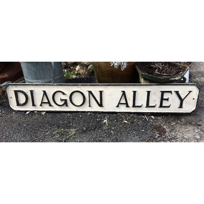 Diagon Alley Sign