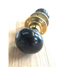 Plain Door Knob (Brass Reeded Rose)