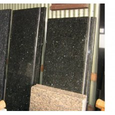 Kitchen Worktop (Emerald pearl granite)
