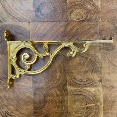 Brass Shelf Bracket (Scroll)