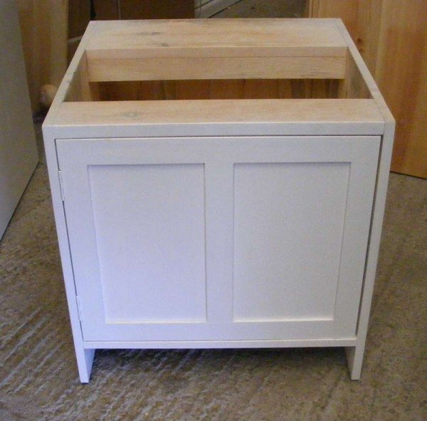 Kitchen Sink Base Unit: Freestanding Kitchen Units