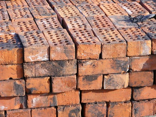 Reclaimed Clay Bricks (20 holers)