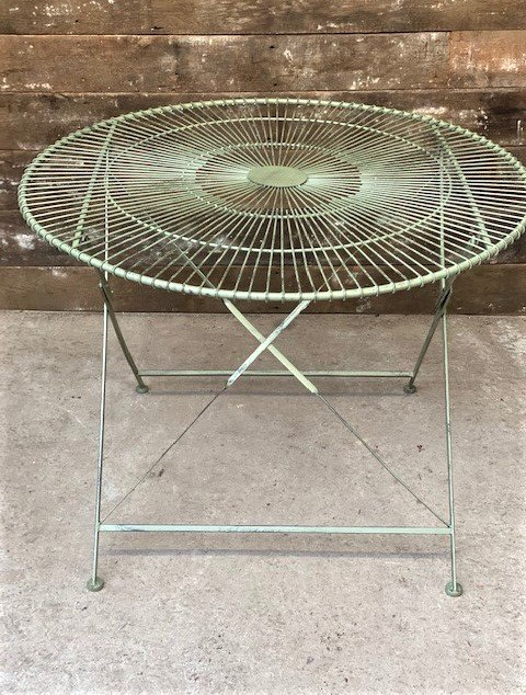Large Round Folding Wire Table