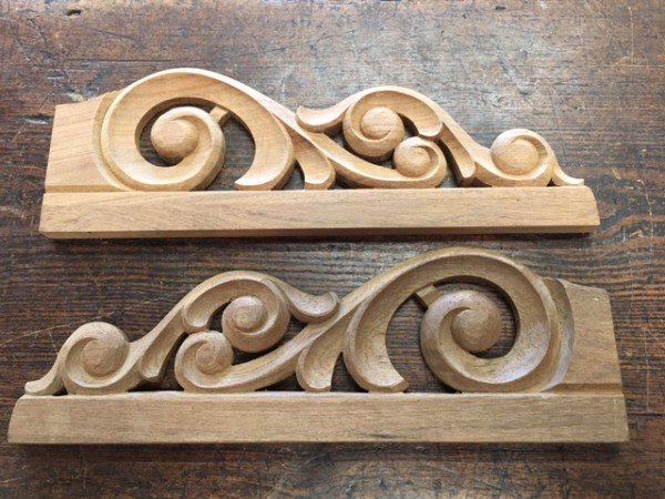 Teak Carving (Scroll)