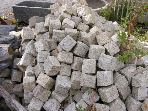 Granite Cobbles (Autumn)