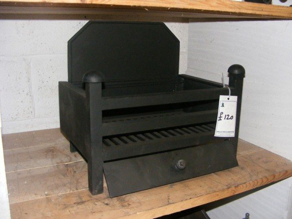 Cast Iron Fire Grate With Back
