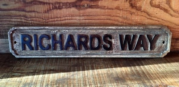 Wooden Sign (Richards Way)