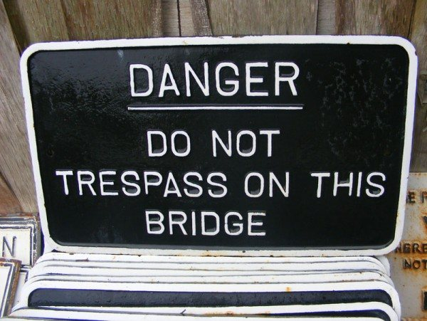 Cast Iron Sign (Danger)