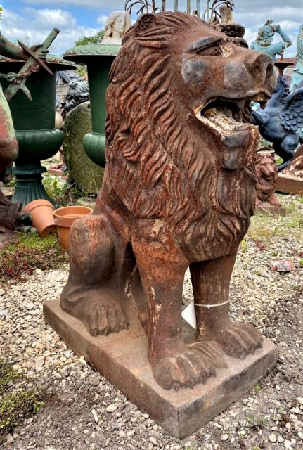 Cast Iron Seated Lion